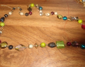 vintage necklace colorful glass lucite beads