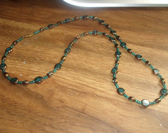 vintage necklace turquoise colored glass