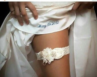 FALL SALE Wedding Garter Set, Vintage Bridal Garter, Lace Garter, with Toss Garter Ivory with Rhinestones and Pearls  Custom colors