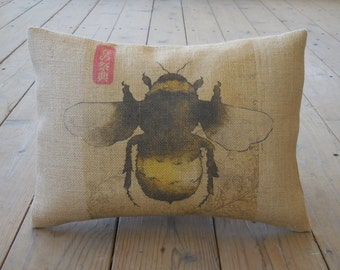 Bumble Bee Burlap Pillow, Shabby chic,  Bees,  INSERT INCLUDED