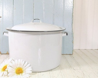 Cooking Grandma's Stew - Black on White EnamelWare Large Stock Pot With Matching Lid - Vintage Mid Century CookWare - Shabby Chic Farmhouse