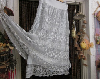 Italian Two Layers Skirt Designed with Multiple Lace Patterns - Fully Lined, Vintage - Medium to Large