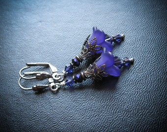 Heather or Violet Fairy Flower Earrings.  Fey Heather or Seelie Violet Victorian Fairy Inspired