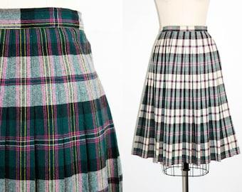 Vintage 1950s plaid skirt . Spring Fling . violet and green reversible skirt . plaid 50s skirt