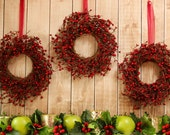 Mini Berry Wreath - Mini Wreath - Door Wreath - 7 Berry Colors to choose from