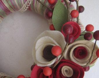 "Romantic Yarn Wreath 8"""