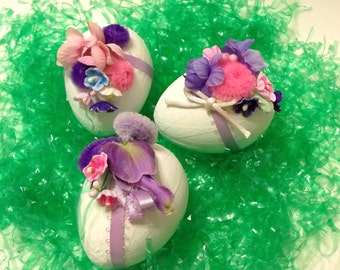 3 Floral Decorated Mache' Easter Eggs Gifts Home Decor Collectibles