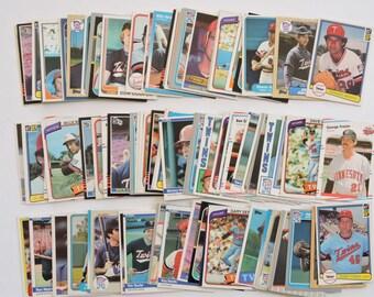 Minnesota Twins - Lot of 100 Assorted Vintage Baseball Cards