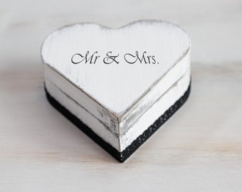 Wedding Ring Box White Ring Bearer Box Mr / Mrs Wedding Box Rustic Ring Bearer Box Engagement Ring Box Custom Ring Box Pillow Alternative