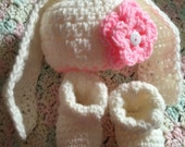 Baby Girl Crochet Hat and Booties Spring Bunny Rabbit 0-3 months Knit Infant Newborn Baby