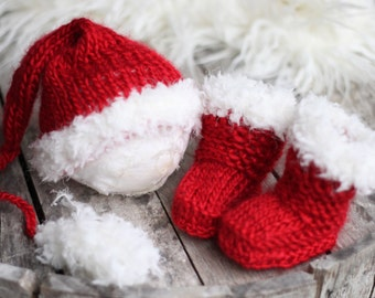 New Born Santa Boots and Hat, New Born Christmas Boy Prop, knitted boots