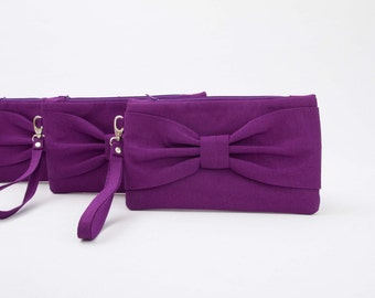 Bow wristlet clutch,bridesmaid  clutch gift ,wedding gift ,plum purple clutch,evening clutch