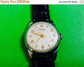 Soviet watch Men's Moscow watch Moskva Russian soviet wrist watch highly collectable rare men's watch
