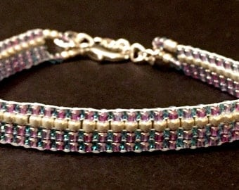 Light purple seed bead loom bracelet