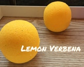 Moisturizing Bath Bomb || Lemon Verbena || Uplifting Bath Experience