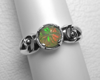 Carved Ethiopian Opal Ring in Silver, 6 mm