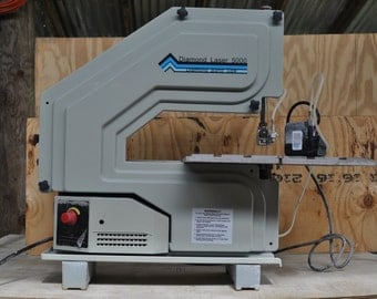 Wet band saw for tile or to cut stained glass