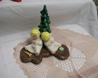 Sleeping Angels Figurine Adorable Christmas Decoration Hand Painted Ceramic Vintage Holiday Decor Little Angels Under Tree