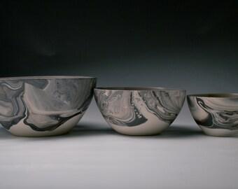 Medium Ceramic Bowl/ Serving Bowl. Medium Pottery Bowl. Marbled Black and White Porcelain. Handmade Tableware. Modern Pottery. MADE TO ORDER