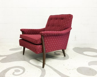 mid century  lounge chair with walnut legs in very good condition condition