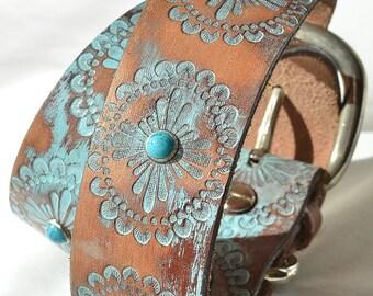 Turquoise Leather Dog Collar, Turquoise  Western Dog Collar, Custom Leather Dog Collar . Sizes Large thru XXL or custom