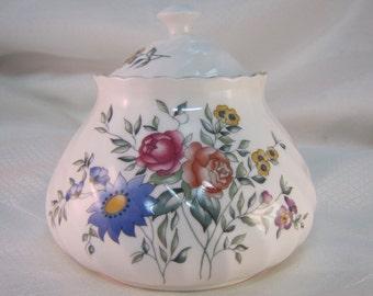 1990 Wedgewood Avebury Covered Sugar Bowl