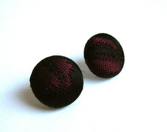 Fabric covered button earrings with vintage fabric in black and burgundy/dark pink