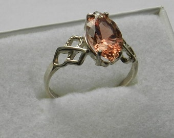 Oregon Sunstone and sterling silver ring    #1