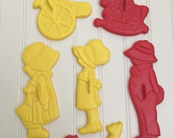 Vintage 1970s Holly Hobbie Cookie Cutters, Plastic Cookie Cutter  Set, American Greetings, Vintage Kitchen, Kids Baking