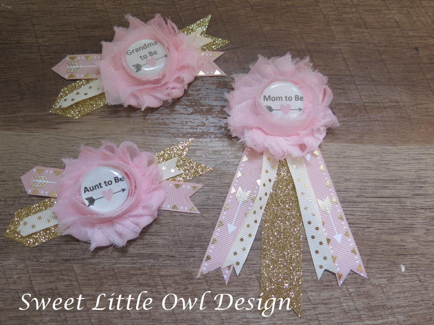 mom to be pin corsage for baby shower pin light pink with