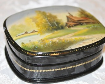 Russian Lacquer box - artist signed - hand painted