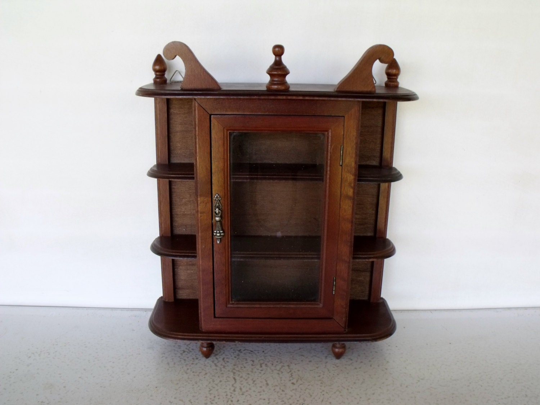 vintage display cabinet wood glass curio case collectibles. Black Bedroom Furniture Sets. Home Design Ideas