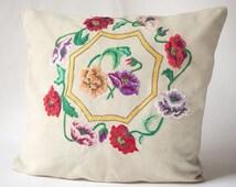 Vintage linen crewel embroidery pillow, floral embroidery pillow, 40s pillow sleeve poppies handmade pillowcase bedding home decor summer