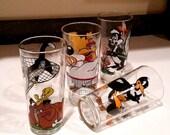25% YR END SALE Looney Tune Collectors Glasses - Set of Four - Daffy Duck Foghorn Leghorn Pepe Le Pew  Sylvester Tweety Bird Tasmanian Devil