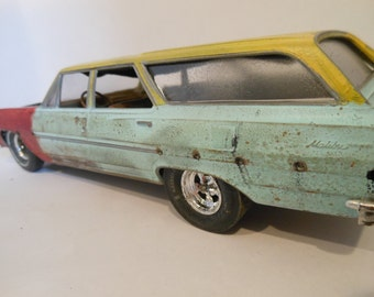 Scale Model, Rusted,Classicwrecks, Chevy Car,Surf Wagon