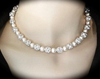 Pearl necklace ~ Chunky ~ Swarovski pearls and Large crystal balls ~ Brides necklace ~ Wedding jewelry ~ Sparkling Elegance ~ SHARP