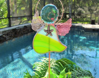 Garden Angels Plant Stake -Green and Blue Swirled Opalescent glass - Memorial Marker - Beach Hostess Gift