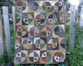Batiks Wall/ TV Quilt My Universe Crazy Curves 0628-01