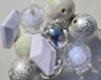 20mm. 10CT. Silver and White bead Sampler Kit, A1