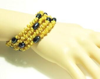 Memory Wire Bracelet, Shell Bracelet, Beach bracelet, Freshwater Pearl bracelet