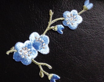 FLOWER blue - iron on applique