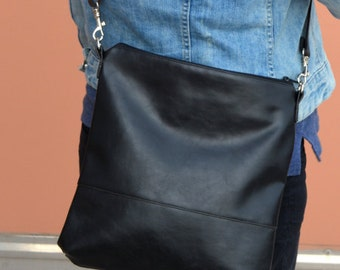 Black Crossbody bag, Everyday crossbody bag, Faux leather shoulder bag