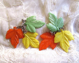 Vintage Earrings Molded Plastic Fall Leaves Orange Green Yellow Autumn Vintage Costume Jewelry Desatsh Fall Colors charms Parts