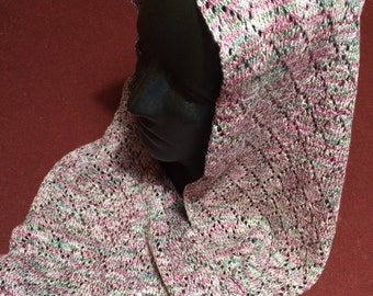 Circular Knitted Lace Scarf