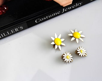 Lot of Vintage Daisy/ Shasta  flower enameled earrings #584/6