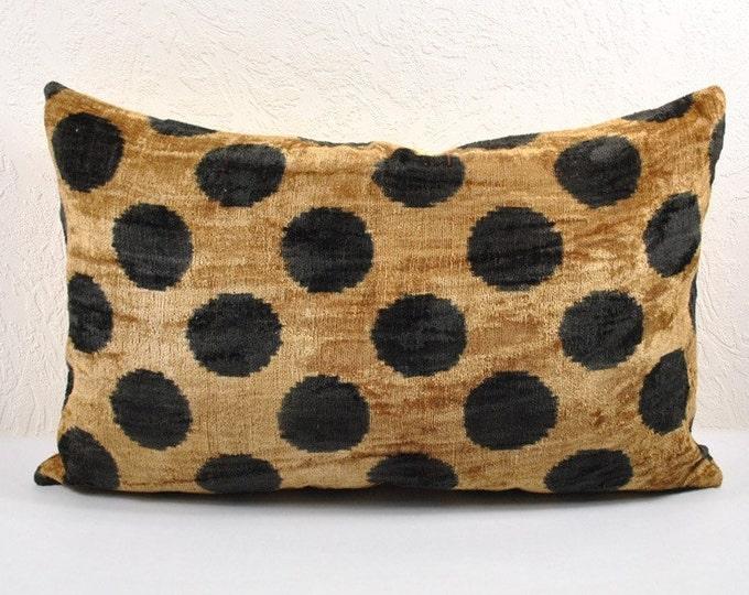 Silk Velvet Ikat Pillow Cover Lp6, Bohemian pillow, Velvet Ikat Pillow, Velvet Pillow
