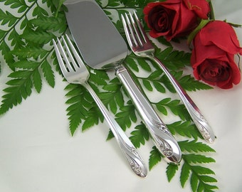 Wedding Cake Server and Matching Forks, WEDDING CAKE SET, Vintage Silver Plated, Romance by Holmes & Edwards, 1952-1959, Under 50