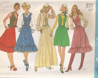 Flared Skirt With Waistband Back Zipper And Lined Vest Size 14 Sewing Pattern 1975 Simplicity 7053