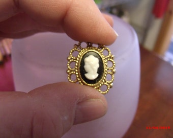 Yellow Gold Cameo for ribbon, Cameo ribbon choker, Cameo piece,.....