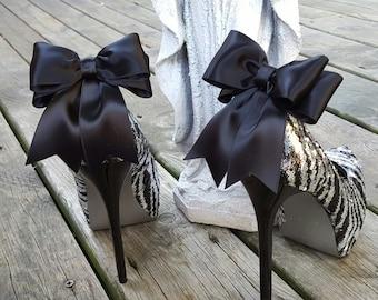 Shoe Clips,  Bridal Shoe Clips, Satin Bow Shoe Clips, Wedding Shoe Clips,  Shoe Clips for Wedding Shoes, Bridal Shoes, MANY COLORS